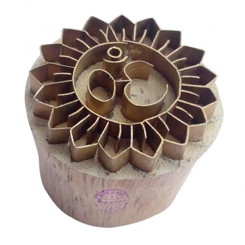 Royal kraft Indian Pattern Round Brass Wooden Stamp